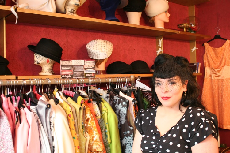 Ina Holub im Shop Extraschön